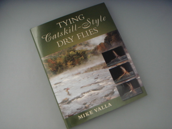 TYING CATSKILL-STYLE DRY FLIES by Mike Valla