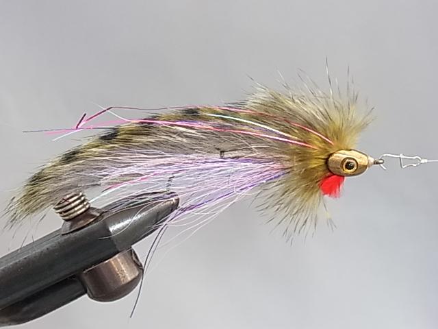 Aqua Flies USA FISH SKULL Black Trailer #4 and Gold Zonker